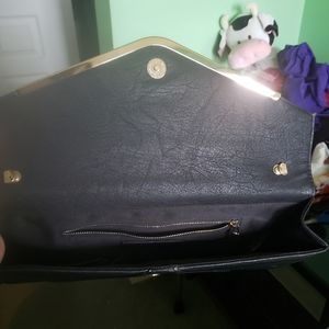 Forever 21 Bags - Forever 21 black clutch purse